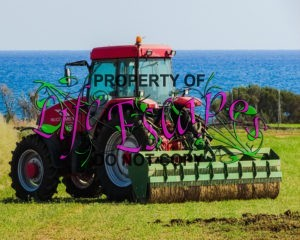 tractor-1748633